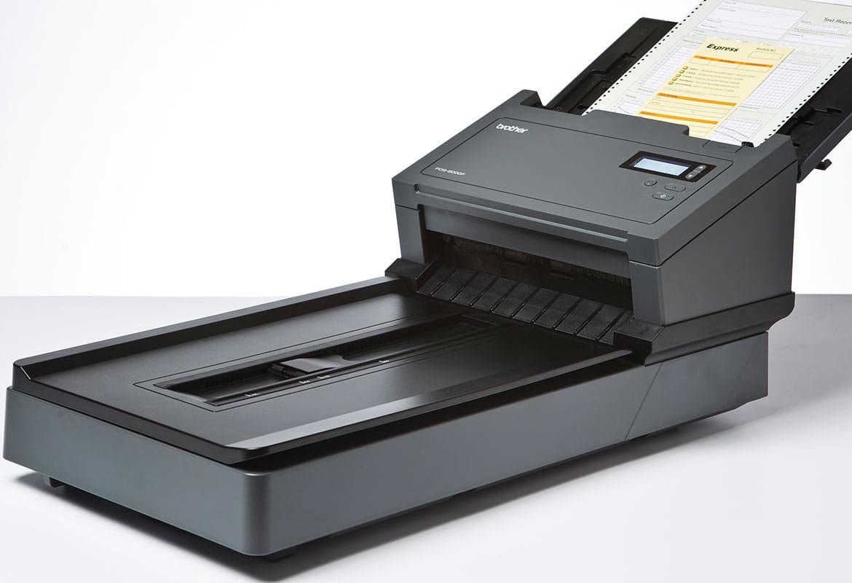 Scaner profesional PDS-6000F cu documente de scanat