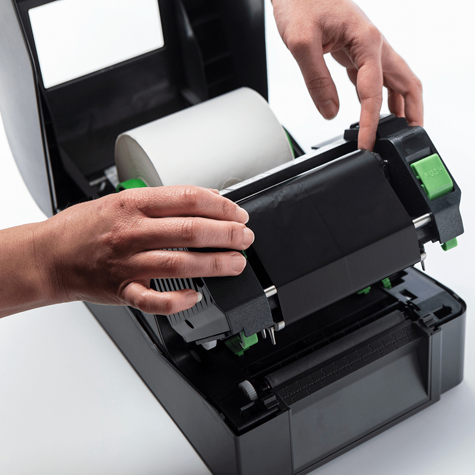 BRS-1D300-110 ribbon cu cerneală neagră și rășină standard pentru transfer termic 3
