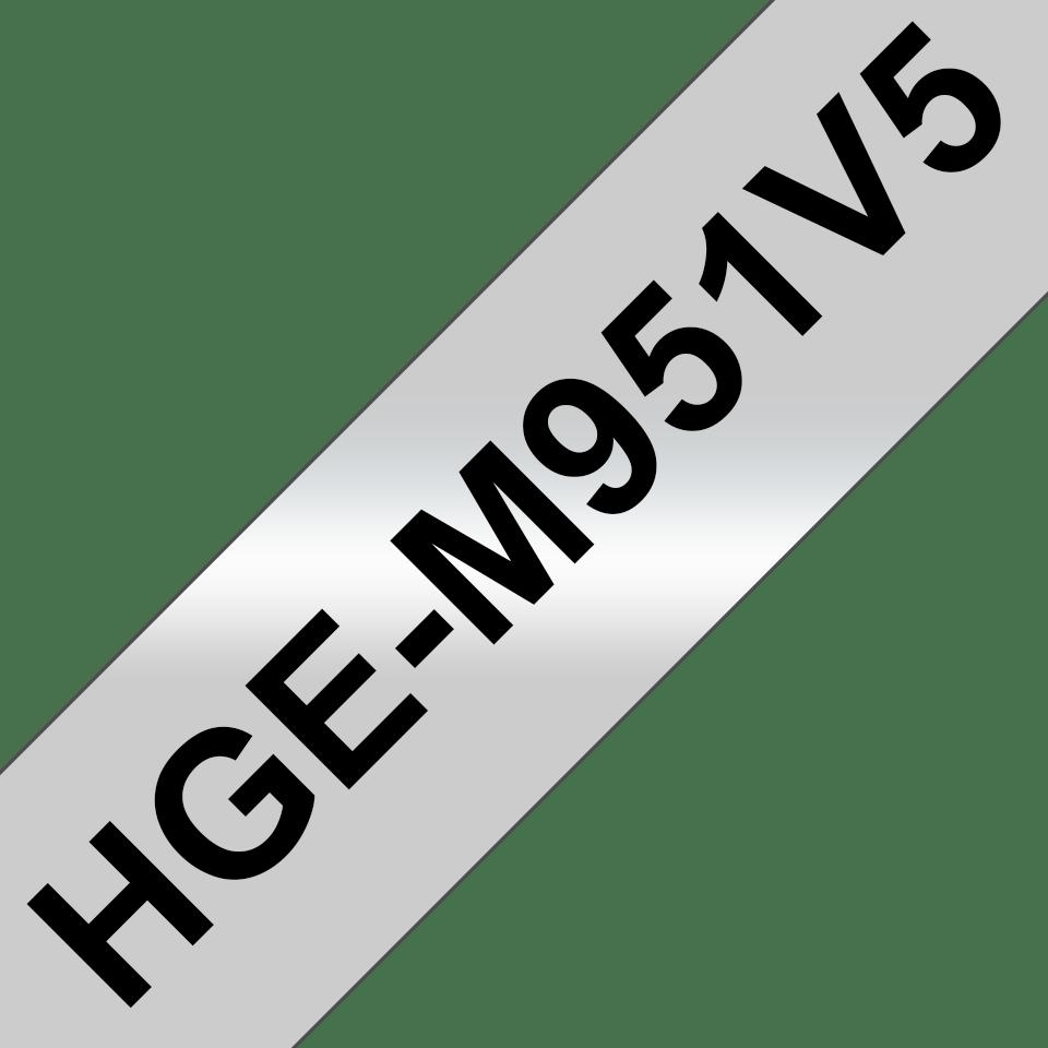 Bandă de etichete originală Brother HGe-M951V5 – negru pe argintiu mat, lățime de 24mm