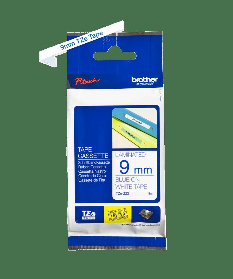 Casetă cu bandă de etichete originală Brother TZe-223 – albastru pe alb, lățime de 9mm 2