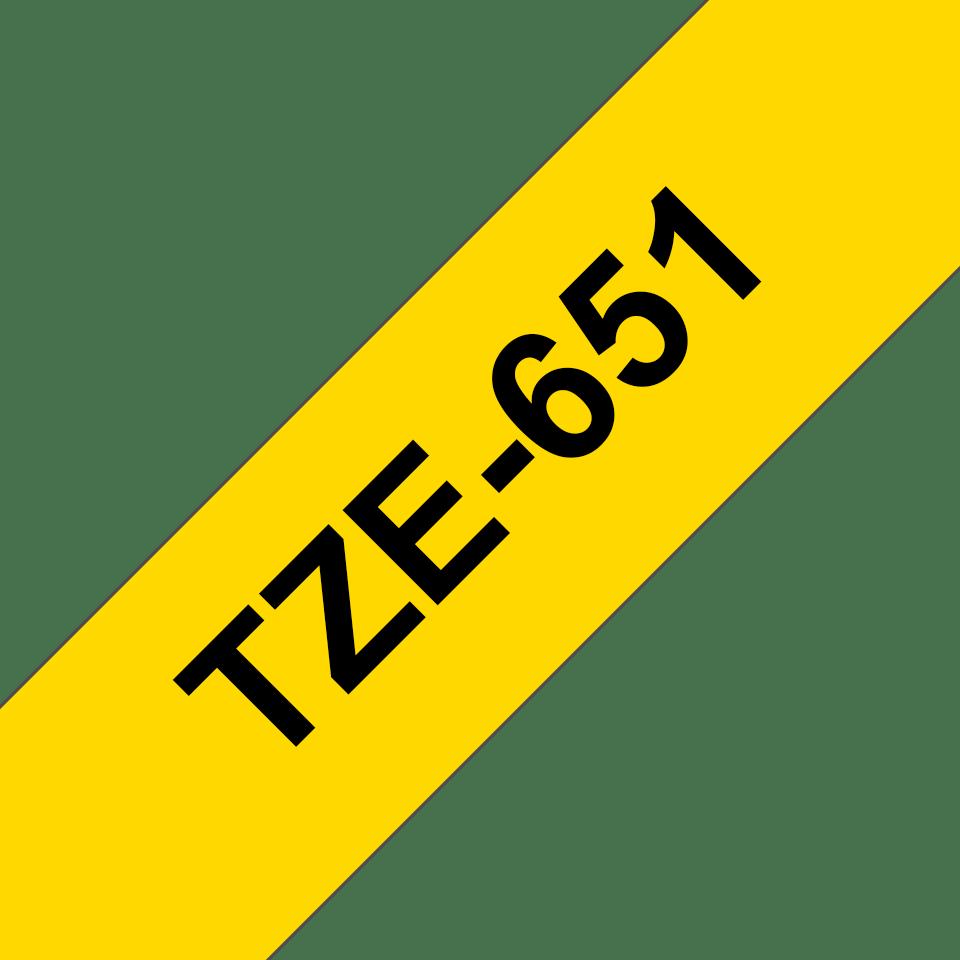 Casetă cu bandă de etichete originală Brother TZe-651 – negru pe galben, 24mm lățime