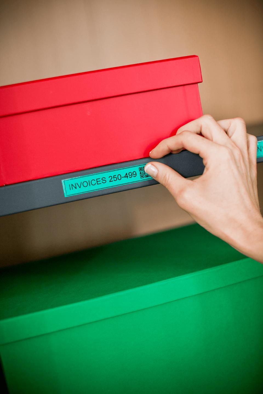 Casetă cu bandă de etichete originală Brother TZe-741 – negru pe verde, lățime de 18mm 4