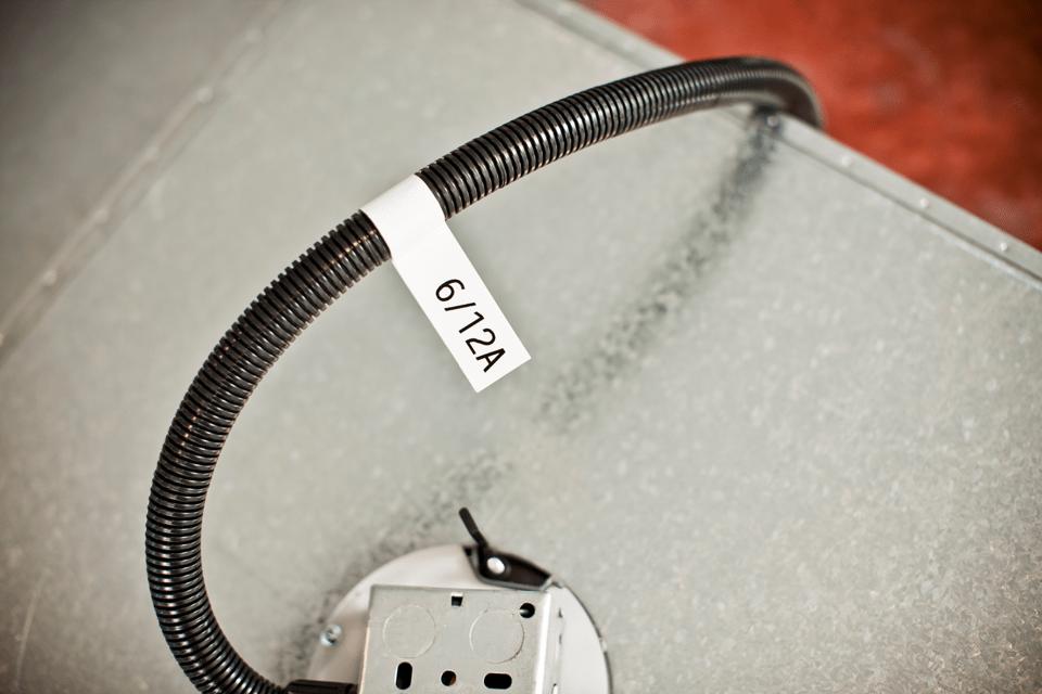 Casetă cu bandă de etichete originală Brother TZe-FX231 – negru pe alb flexibilă ID, lățime de 12mm 4