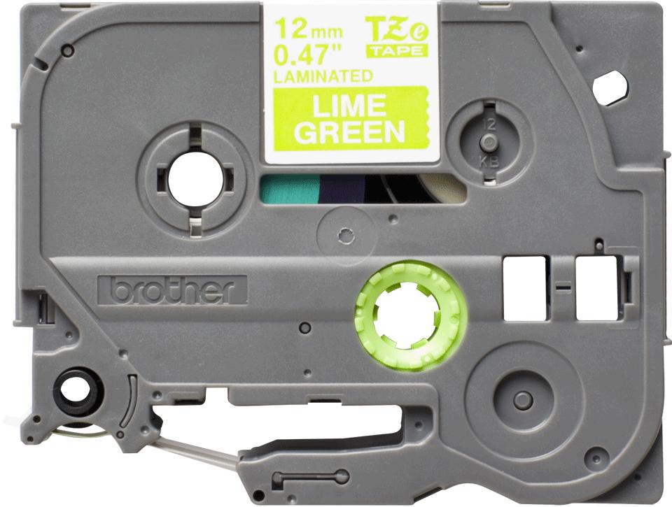Casetă cu bandă de etichete originală Brother TZe-MQG35 – alb pe verde lime, lățime de 12mm