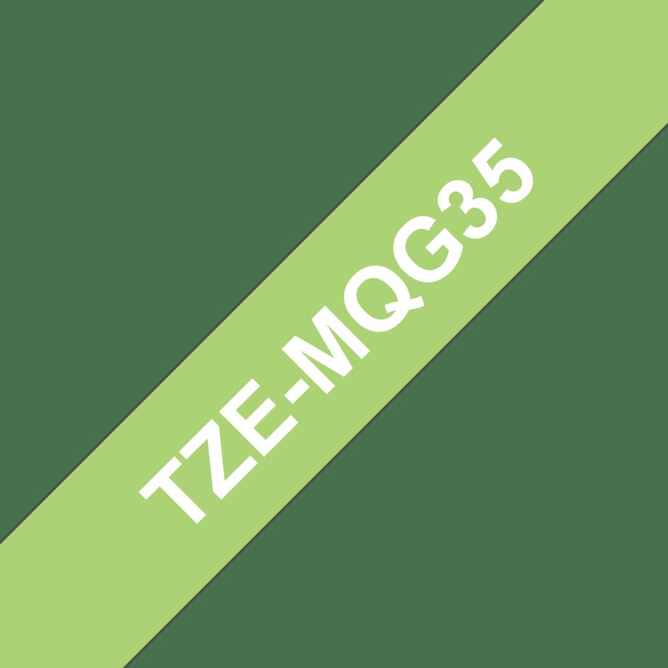 Casetă cu bandă de etichete originală Brother TZe-MQG35 – alb pe verde lime, lățime de 12mm 3